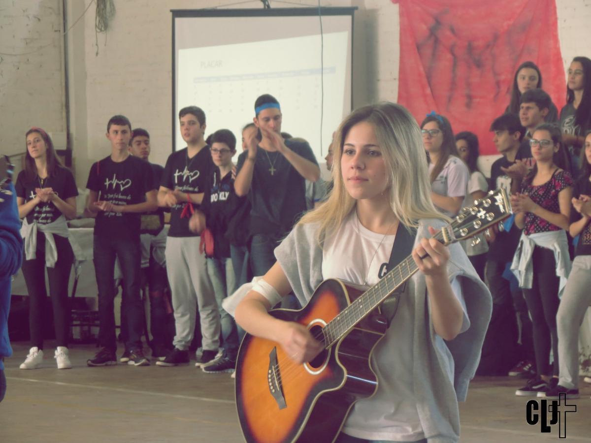 CLJ: redes sociais como ferramenta para a evangelização de jovens