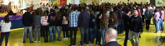 Mais de 300 jovens participam de encontro em Sarandi