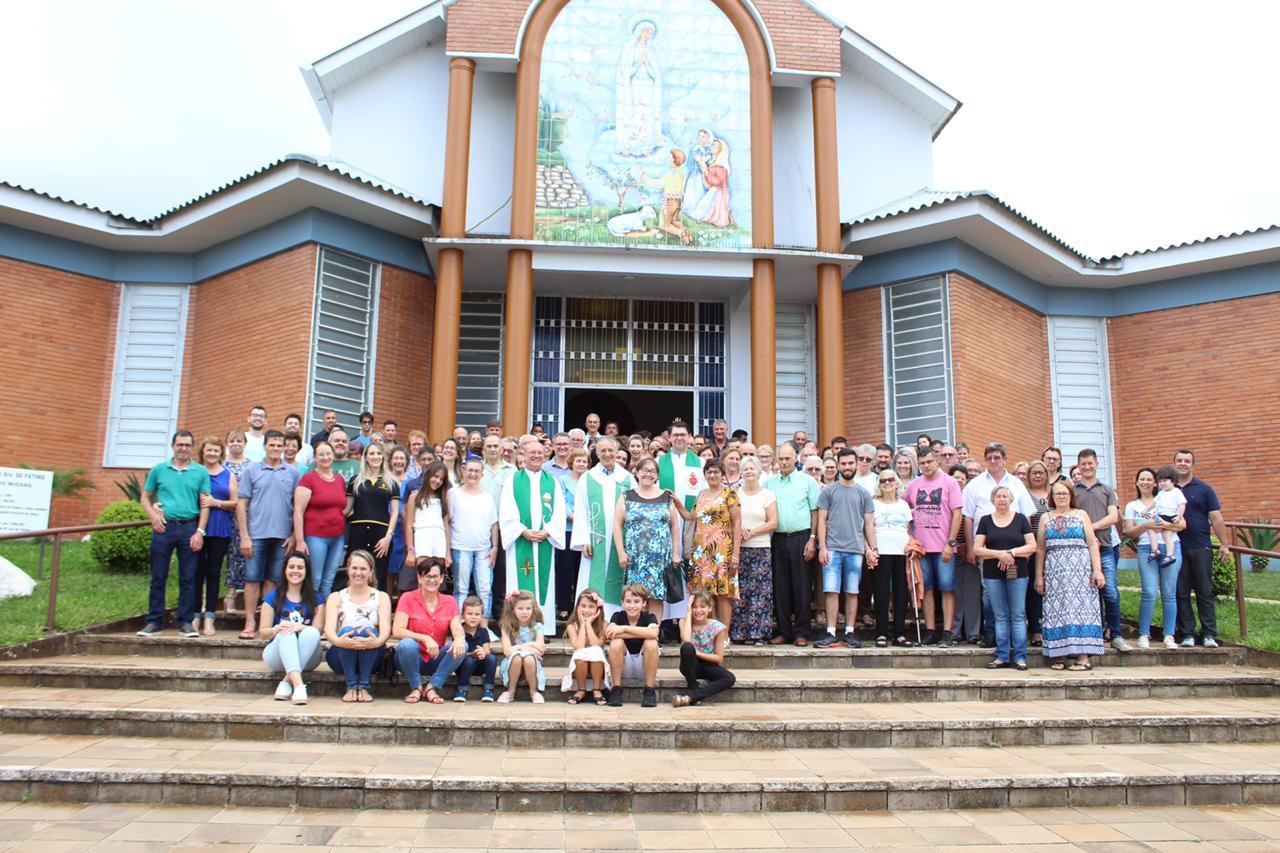Paróquia Nossa Senhora de Fátima, em Passo Fundo, acolhe padre Ivanir Rodighero