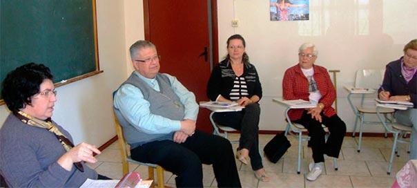 Dom Antonio Carlos Altieri participa de reunião de área pastoral em Sarandi