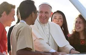 """Sínodo dos Jovens: """"Os jovens não devem ser objeto, mas sujeito do anúncio do Evangelho"""