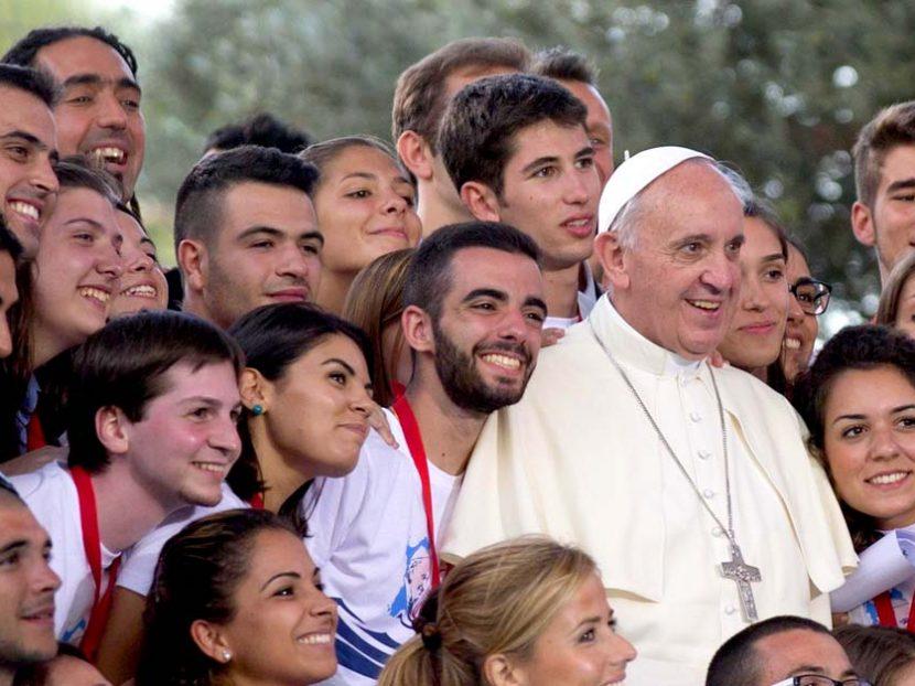 Juventude Católica vivencia Sínodo dos Bispos