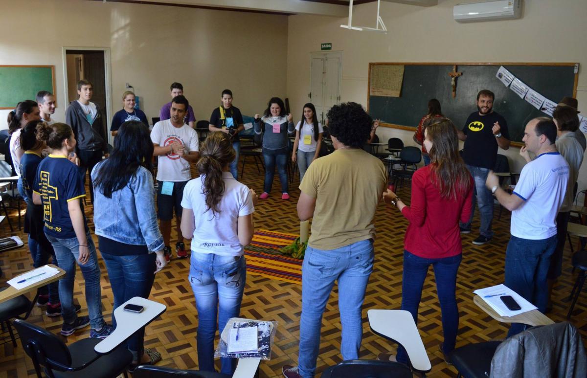 CDL da Província de Passo Fundo motiva jovens para encontro pessoal e comunitário com Cristo