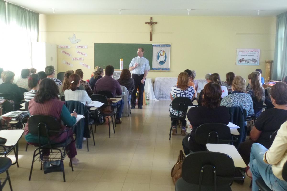 Coordenadores paroquiais de catequese se reúnem em primeiro encontro de 2016