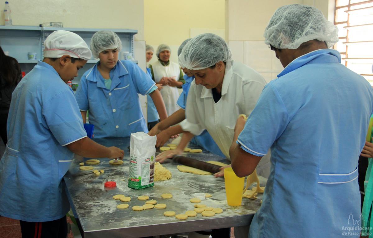 Gesto Concreto do FDS beneficia Centros de Juventude em Carazinho