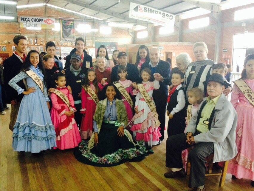 Festejos Farroupilha movimentam atendidos na Fundação Lucas Araújo