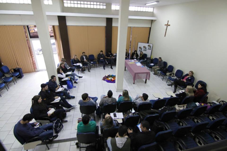 Jovens definem detalhes do Bote Fé 2015 em Porto Alegre
