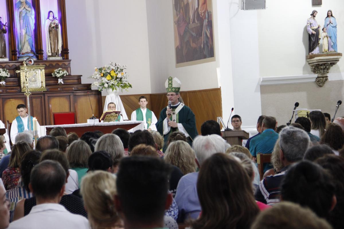 Padre Leandro e Padre Cassiano tomam posse em Passo Fundo