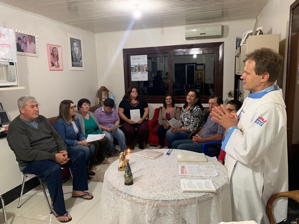 União da Serra: comunidade realiza missa nas casas