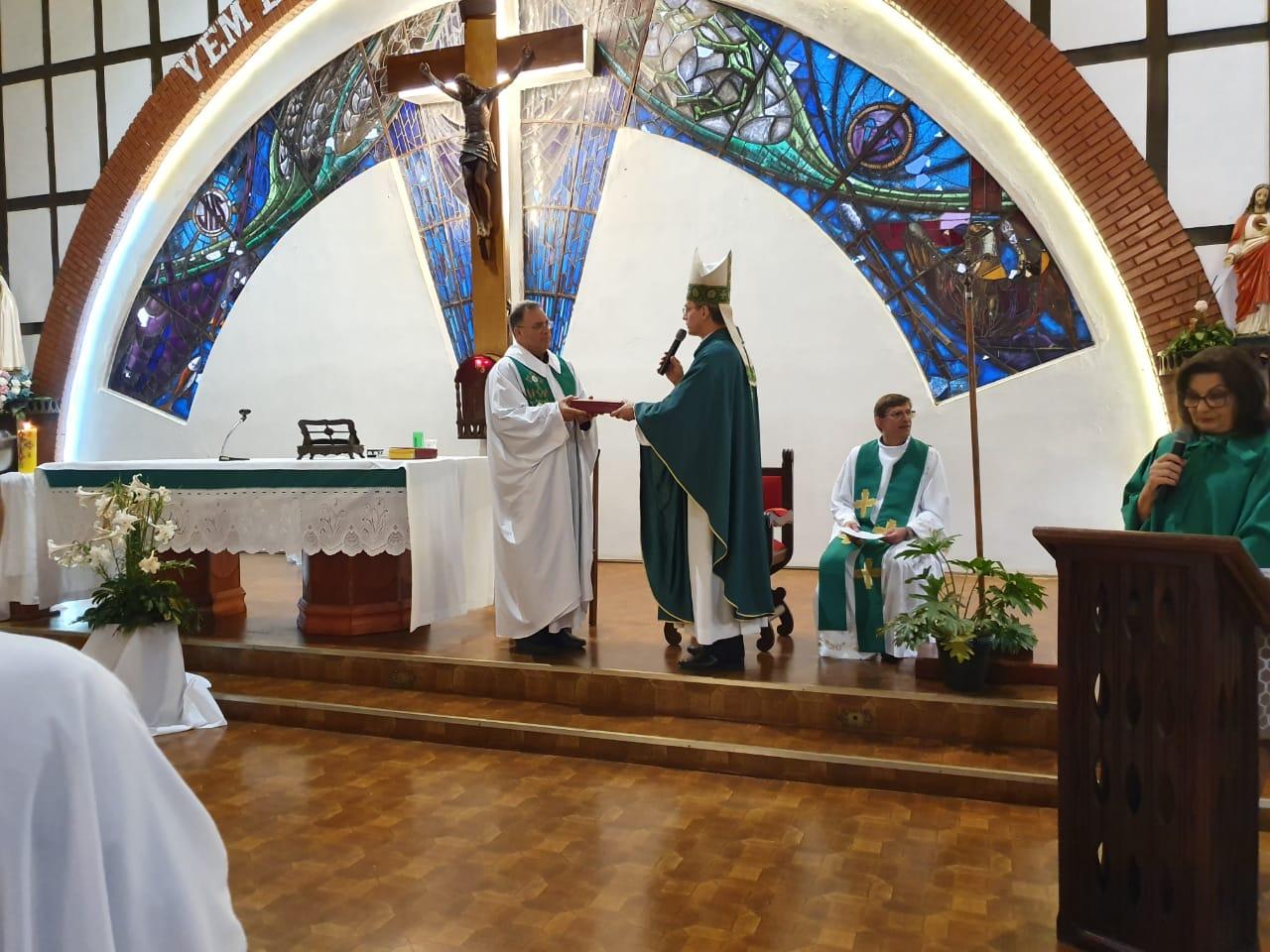 Paróquia Nossa Senhora de Fátima, em Carazinho, acolhe padre Darcy De Carli