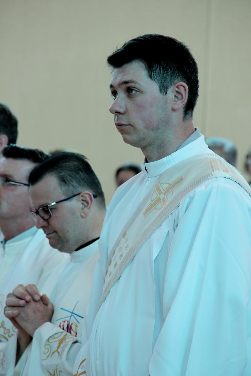 Em missão: Cassiano Pertile é ordenado na paróquia São Cristóvão